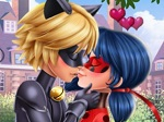 Play Miraculous Hero Kiss free
